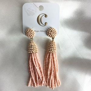 NEW‼️Charming Charlie pink tassel earrings